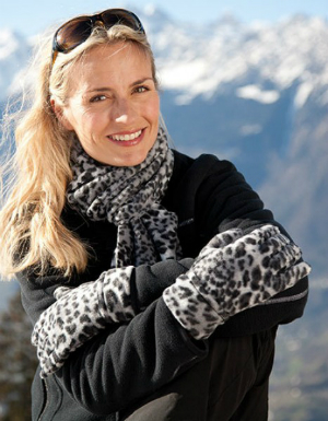 result-winter-essentials-snow-leopard-set-rc366