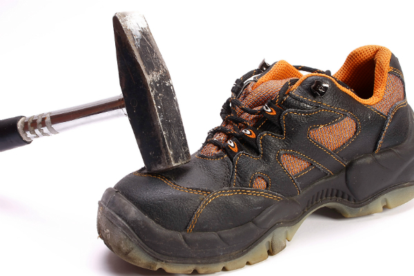 Sicherheitsschuhe mit Zehenschutz