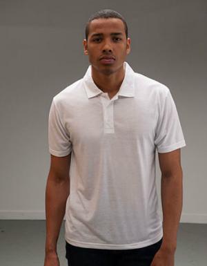 Weisses Poloshirt mit 3-Knopfleiste fuer Herren