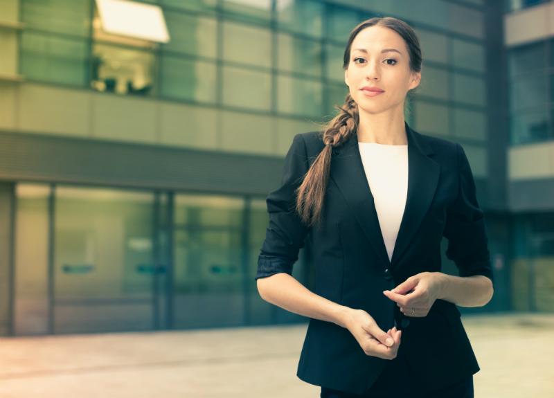Hosenanzug für Damen als Business und Freizeit Outfit