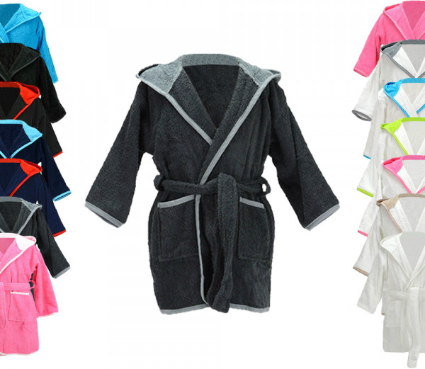 A&R Boyzz&Girlzz Hooded Bathrobe
