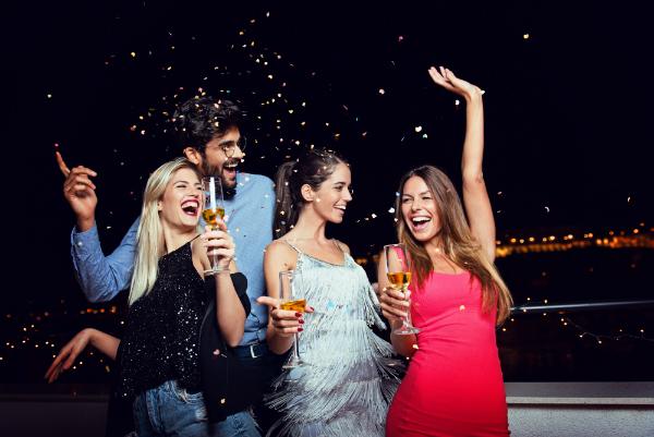 Cocktailparty unter Freunden