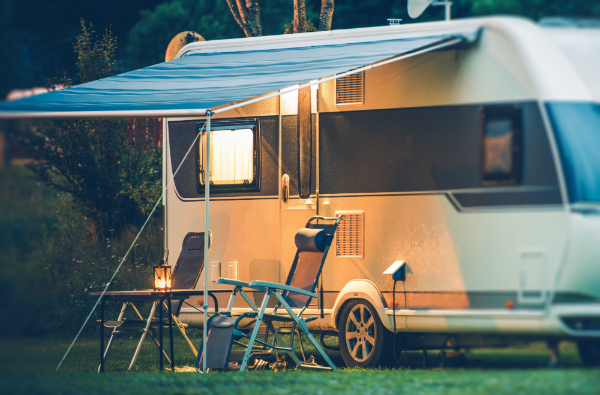 wohnwagen-campingplatz