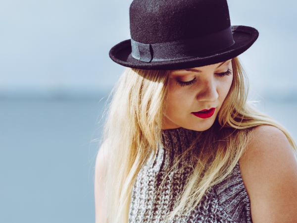 37504f794bf14f Der passende Hut für Ihre Gesichtsform - Textilwaren Magazin