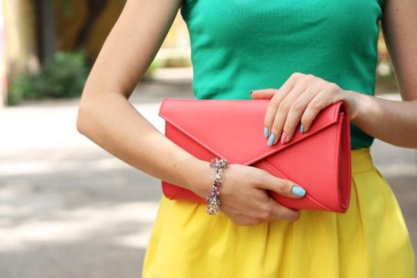 living-coral-handtasche