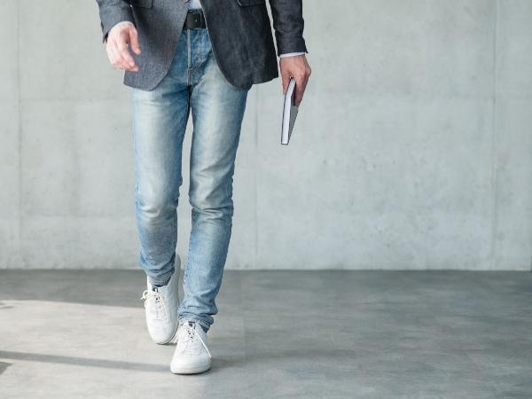 Sakko und Jeans eine gewagte Kombination