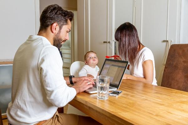 home-office-kuechentisch