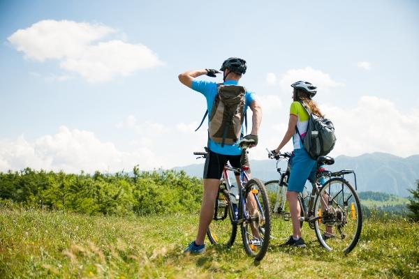 fahrradtour-kleidung-kopfbedeckung-fahrradtour-kleidung