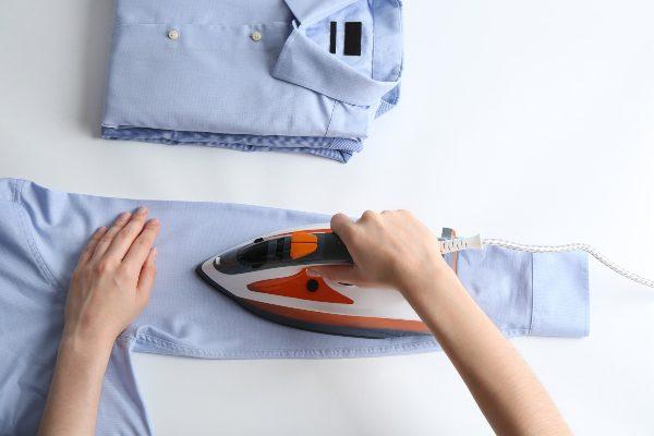 hemdaermel-hemd-richtig-buegeln
