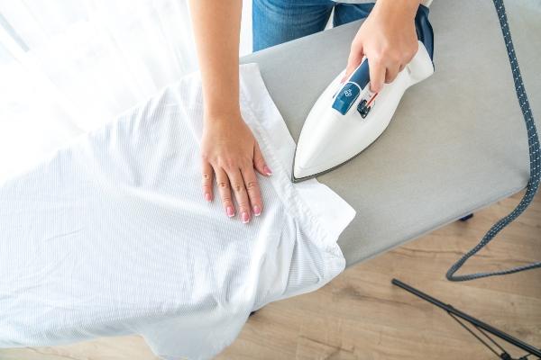 hemdkragen-hemd-richtig-buegeln