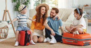 Gemeinsam Koffer packen - Verreisen mit Kind